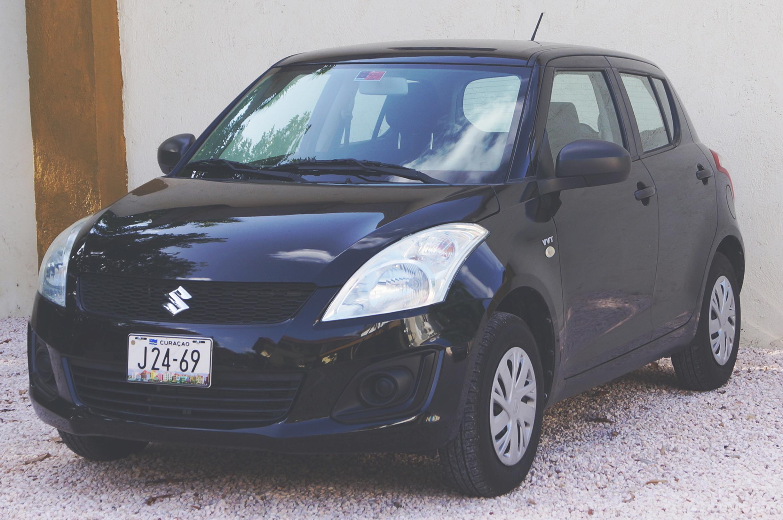 suzuki_swift Mietwagen auf Curacao